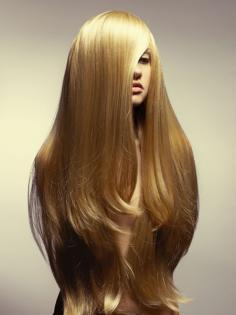 长头发怎么护理 解决头发开叉断裂还需加强营养