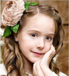 小女孩发型图片 夏日妆出甜心宝贝