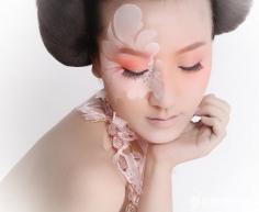 详解选择化妆刷的技巧 初学化妆避免买多浪费