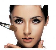 掌握打造自然底妆的方法 让你的妆容更完美