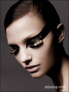 睫毛膏怎么刷 刷出迷人电眼