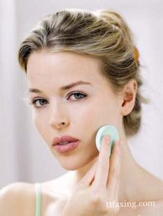 卸妆油怎么用?教你正确使用卸妆油