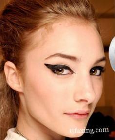 简单化妆技巧 尽情展现你的女性魅力