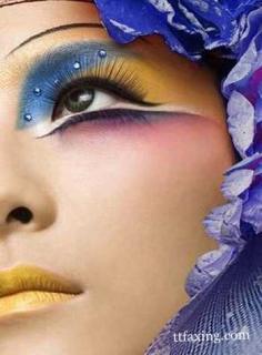 完美妆容技巧 教你初学者如何画眼影