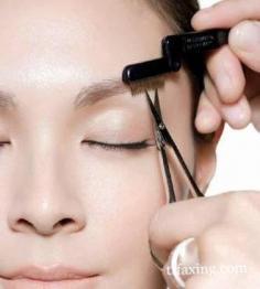 彩妆达人支招  教你如何修眉毛改变眉型