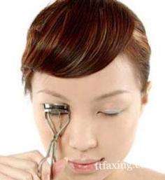 睫毛膏怎么刷 才能刷出好妆效给眼睛增添光彩