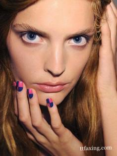 简单大方的美甲图案 让指尖添上一缕迷人色彩