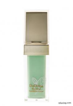 粉底液颜色的选择 让你的妆容更加好看