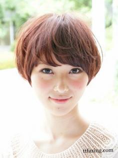 波波头卷发发型图片欣赏 受到MM们喜爱的波波头发型