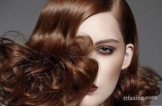 头发干枯怎么护理小妙招推荐 正确的洗发步骤揭秘