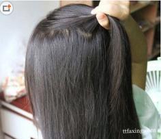 女生中分直发发型扎法 简单打造甜美淑女范儿