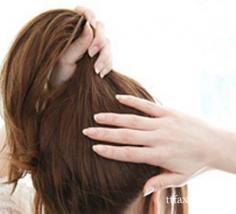 韩式丸子头简单扎法推荐 教你5教打造可爱发型