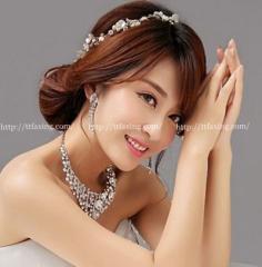 韩式新娘婚纱发型推荐 助你打造唯美新娘