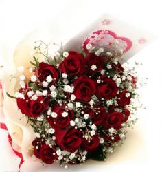 七夕情人节送女朋友什么礼物 玫瑰巧克力不可少