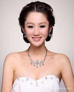 韩式新娘编发教程图解 打造完美优雅韩式新娘