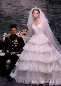 2015年最流行婚纱照风格 复古风格婚纱照抢占眼球