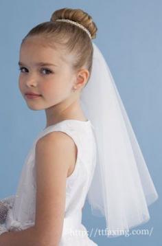 婚礼花童礼服配头纱造型 精心独特设计打造迷人小新娘