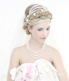 5款法式新娘盘发推荐 罗曼蒂克就是这么简单