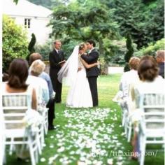 适合婚礼的英文歌曲 来一场充满欧美情调的婚礼吧