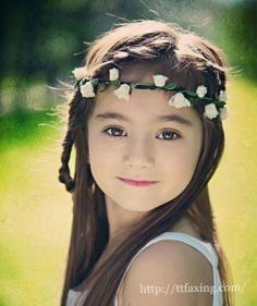 可爱花童发型 小甜心天使般美丽