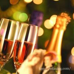 最新结婚祝福语大全 让你的祝福飞一会儿