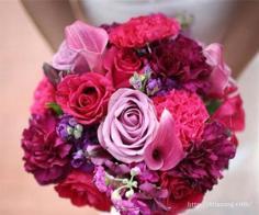 新娘手捧花图片分享 浪漫玫瑰点缀爱的记忆