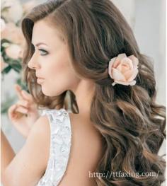 唯美新娘发型diy 打造婚礼上最闪亮的焦点