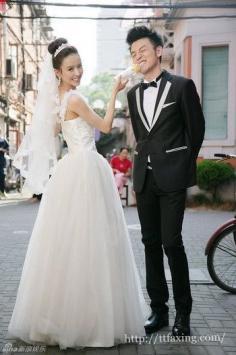 明星示范韩式婚纱照发型 打造迷人新娘