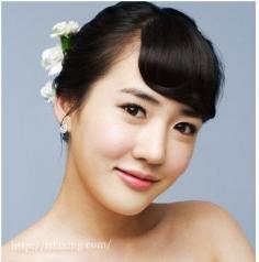韩式新娘盘发造型 展现迷人的高贵气质