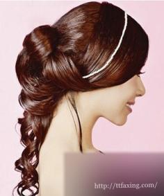 新娘盘发发型大推荐 打造时尚流行的甜蜜新娘造型