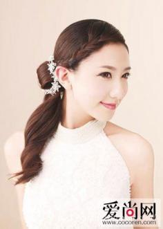 马尾新娘发型 演绎浪漫唯美的魅力新娘