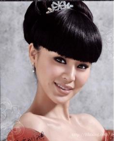 齐刘海新娘造型图片欣赏 绽放出新娘的迷人风采