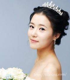 韩式新娘发型的打造技巧 打造出韩式新娘的优雅造型