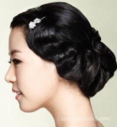 韩式新娘盘发图片 打造时尚的韩式新娘气质