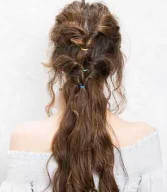 发型十足的森系流行仙气图解_编发教程-天天v发型配发型图片