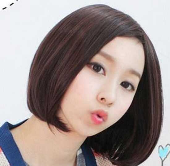 中分女生短发最可爱瘦脸