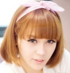 最新清新齐刘海发型设计图片