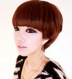 圆脸蘑菇头短发发型 引领时尚可爱风