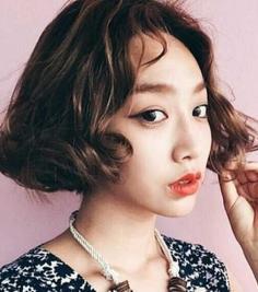 瓜子脸适合的短发发型