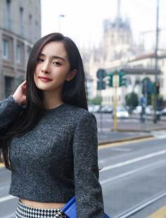 刘亦菲林允儿安以轩,女星直发PK谁更清纯?