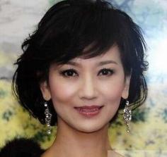 最适合圆脸中年女性的发型图片