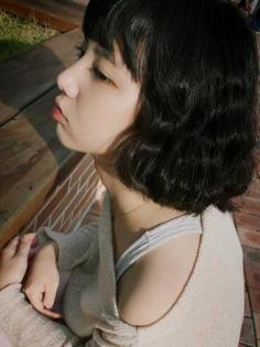 女学生鹅蛋脸俏皮可爱短发发型设计