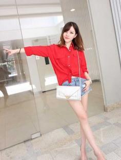 甜美显乖巧的韩式斜刘海发型图片