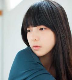 清纯女生齐刘海发型盘点图