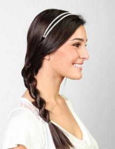 【简单的扎头发】 淑女扭转辫扎发方法