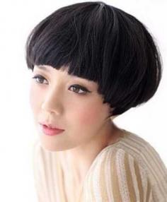 女生小清新短发蘑菇头