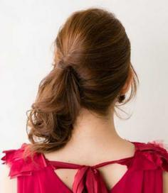 韩式中长发盘发发型步骤