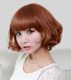 女生鹅脸蛋青春时尚短发型设计