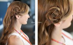 超美的花瓣扎发发型,简单五步轻松搞定