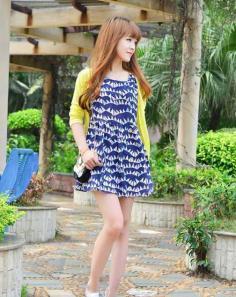 甜美女生齐刘海卷发发型图片